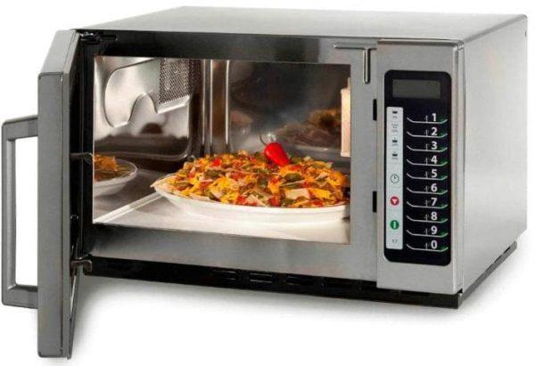 fotografía comida en microondas