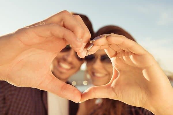 las-parejas-enamoradas-engordan-mas