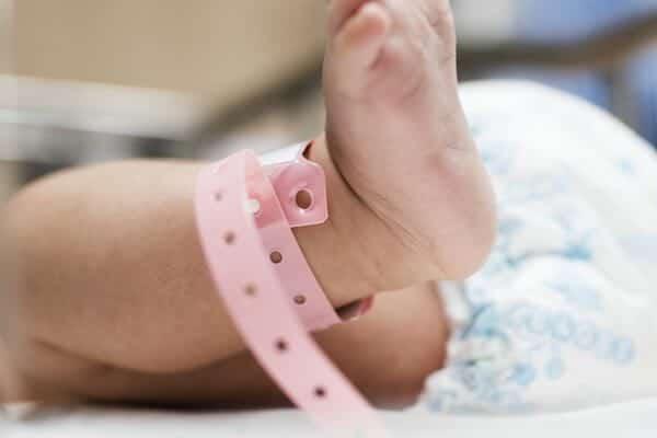 niño recién nacido habilidades superdotado